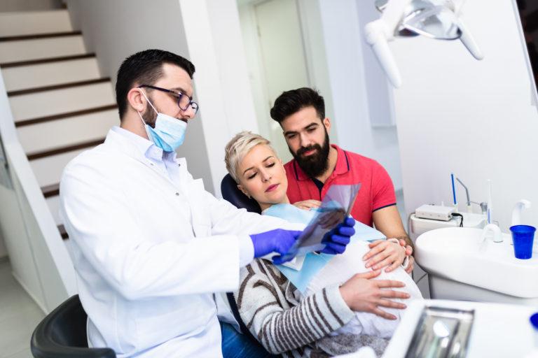 Beratung einer schwangeren Patientin